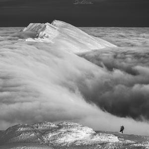 * Muž a hora *