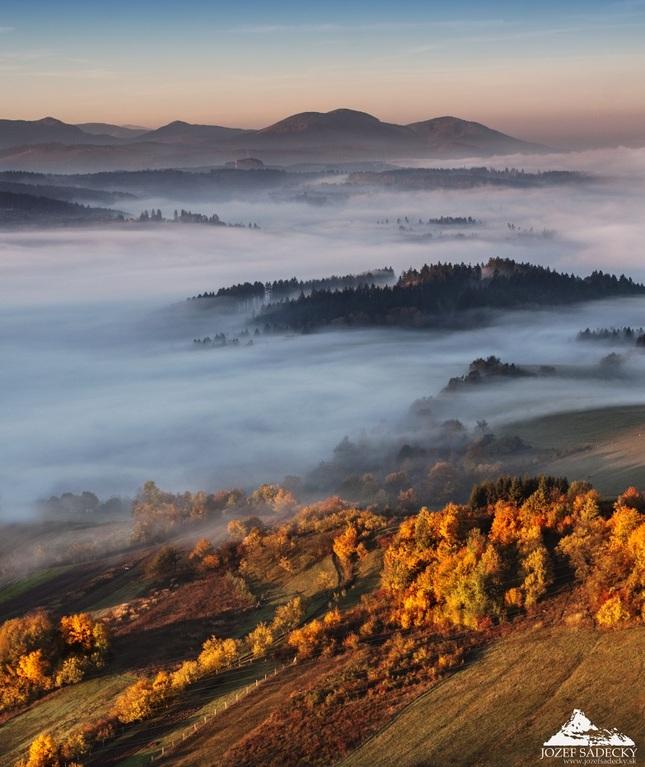 * V jesennom údolí *
