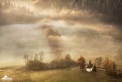 * Kaplnka v jesennom údolí II.*