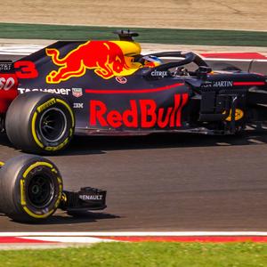 RedBull vs Renault