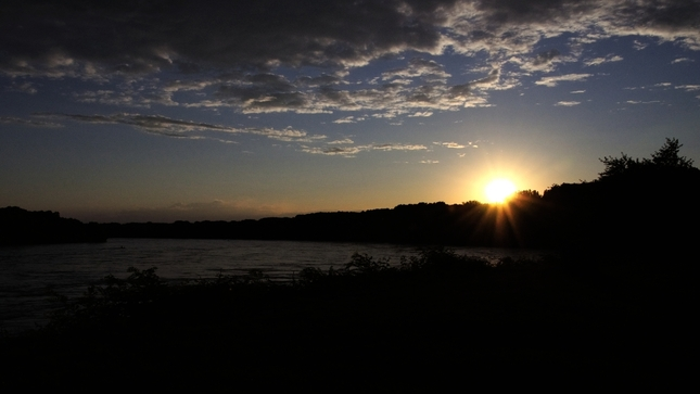 The sundown Vol. 1