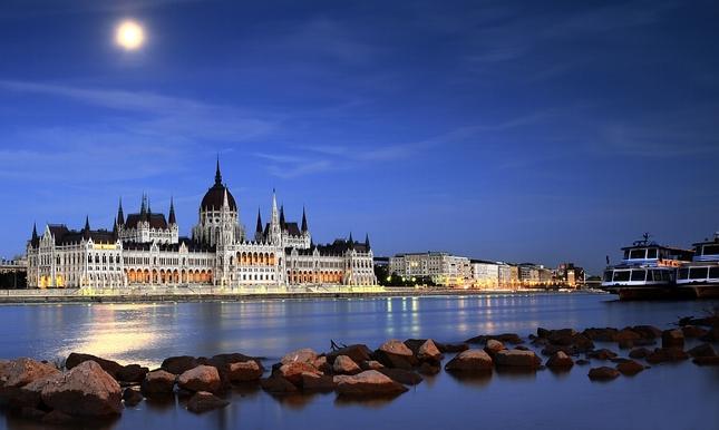 _parlament spi