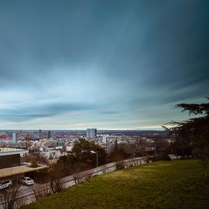 Nízko nad Bratislavou