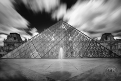 Moderná pyramída