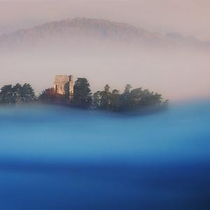 Ruiny na vlnách