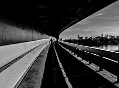 Mostová 2
