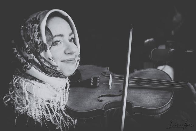 Maruška s husličkami