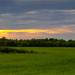 Západ slnka nad zelným kobercom