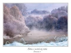 Sám v mrazivej rieke