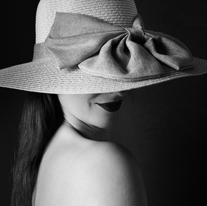 Dáma s klobúkom