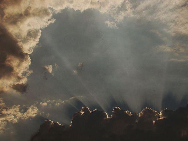 za oblakmi...