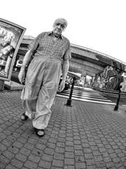 starý muž...