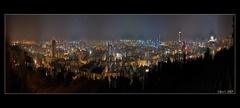 Nočný opar nad mestom