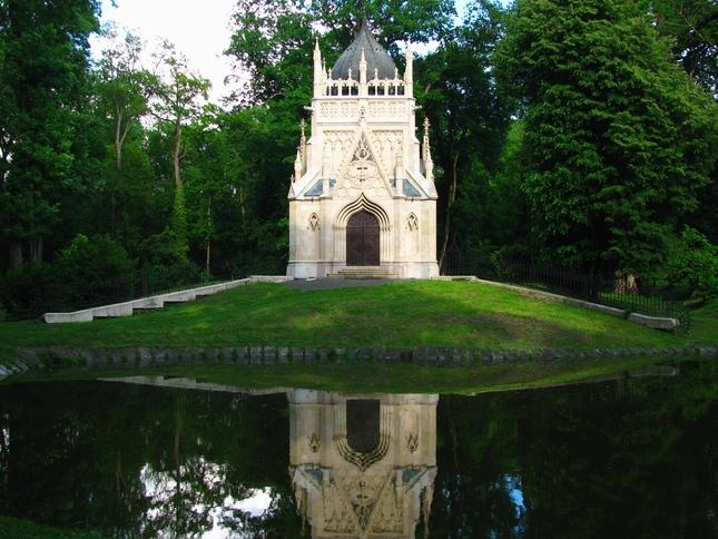 Andrasiho hrobka Trebisov