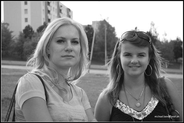 Julka a Tánička