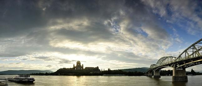 Nadranom na brehu Dunaja