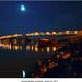 Mesacna obloha nad mostom