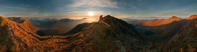 Pohlad z hrebena  Caheru IV