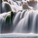 ..mohutný vodopád..