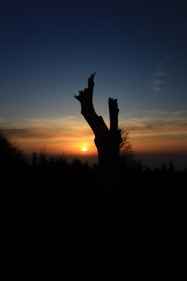 Východ slnka na Považskom Inovci