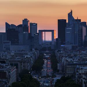 Súmrak nad La Défense