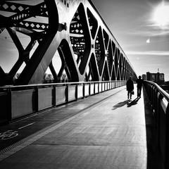Mostová.