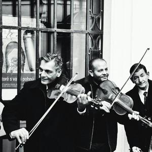 Hudobníci BW.