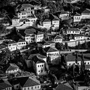 Biele domy beratské