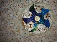 Gaudího mozaika II.