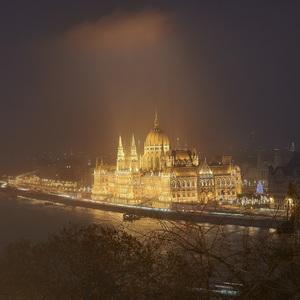 Svetlo nad Dunajom