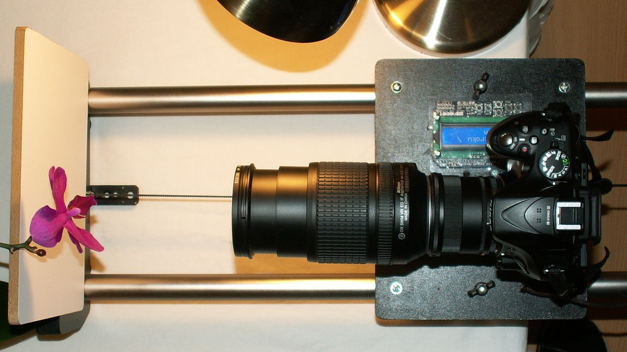 motorizovaný Timelapse slider Focus Stacking - makro fotka