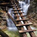 Vodopády, rokliny a potoky