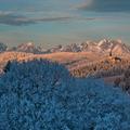 Mrazivé slnko na horách.
