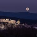 Spln nad hradom