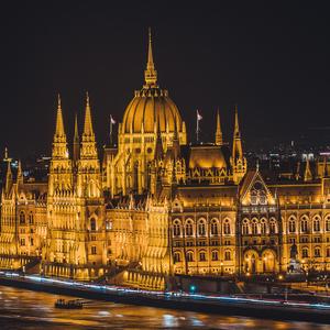 Budapešť III