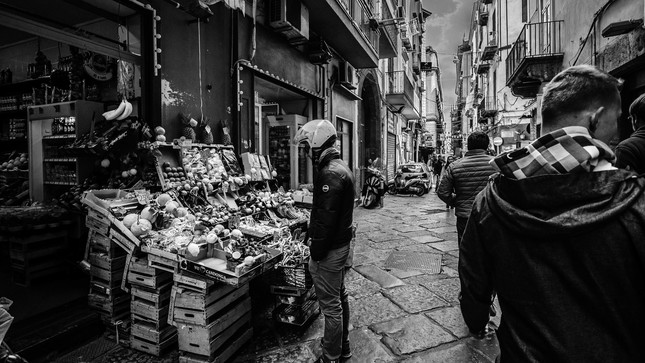 Streets of Naples 04