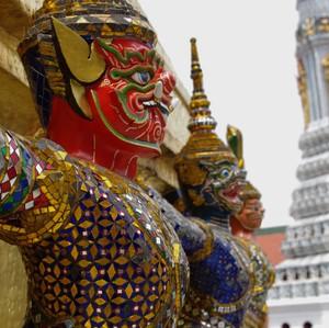 Strážcovia chrámu