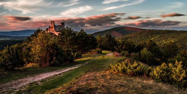 Jeseň na Čachtickom hrade