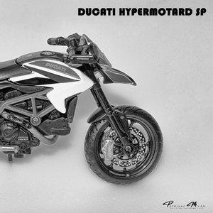 Ducati 04