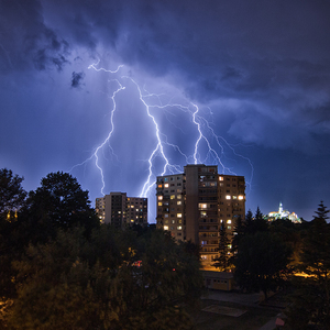Búrka nad Chrenovou