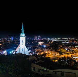 Časť Bratislavy z hradu