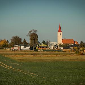 Kostol v Nevericiach