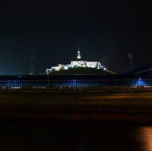 Štadión a hrad