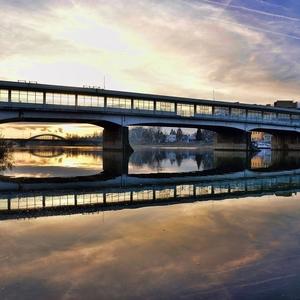 dva mosty