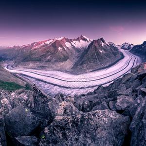 Svitanie nad ľadovcom Aletsch