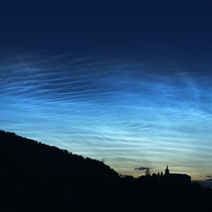 Nočné svietiace oblaky a Venuša