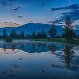 """Modrá hodinka"" na rybníku"