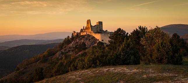 Ćachtický hrad