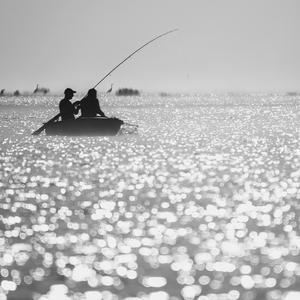 rano na rybach