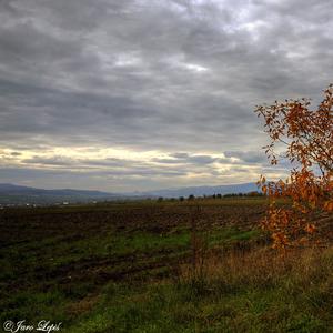 Jeseň nad dedinou